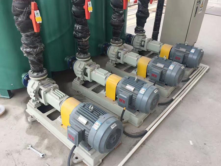 LHF衬氟离心泵应用现场图片